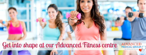 Fitness class with men and women